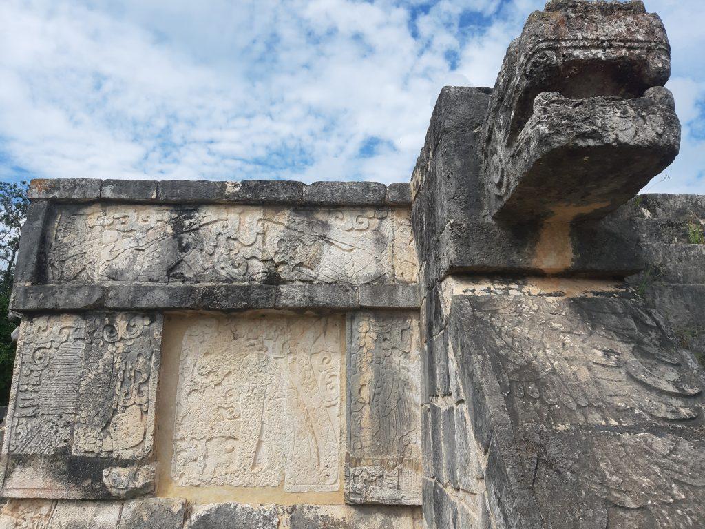 Chichen Itza głowa węża Kukulkan Meksyk
