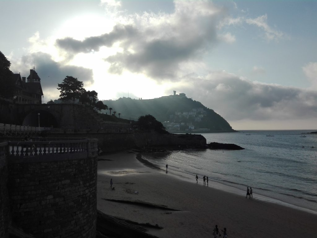 San Sebastian Hiszpania plaża camino del norte